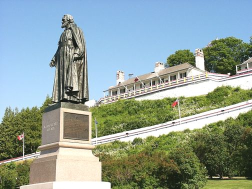 Father Marquette statue - Fort Mackinac