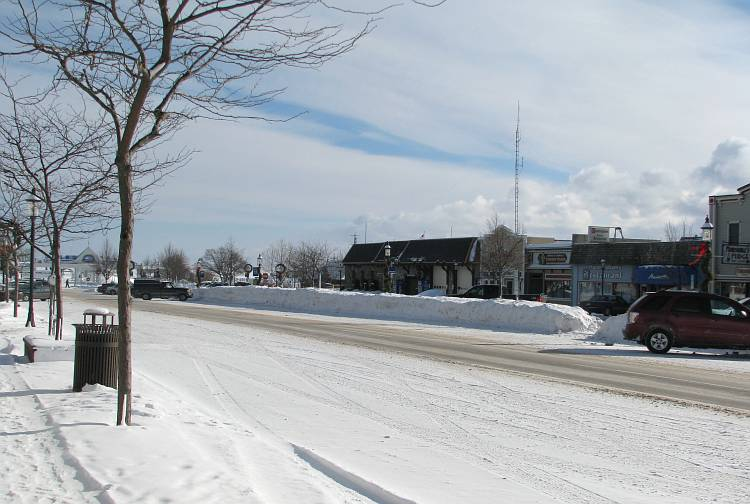 Mackinaw City Central Avenue