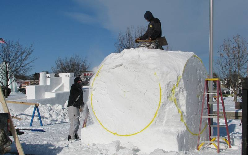 ice sculpturing in Mackinaw CIty, Michigan