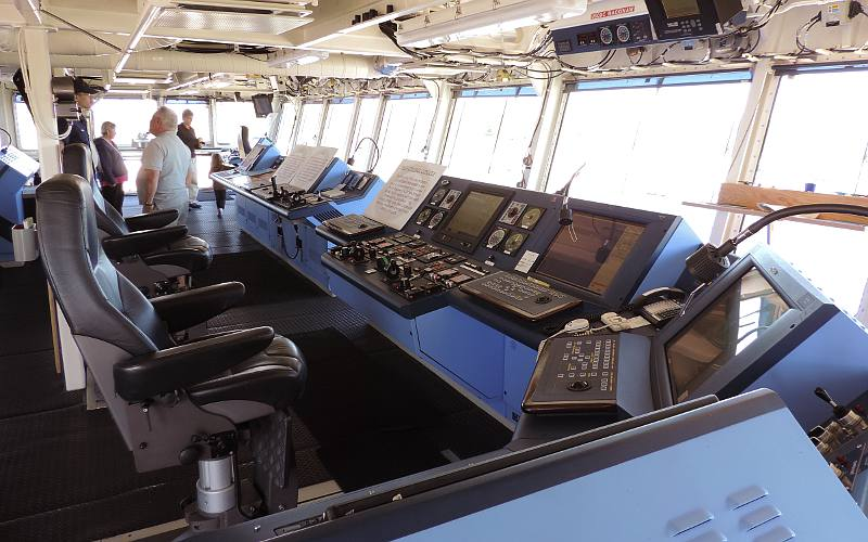 CGC Mackinaw bridge - navigation workstation, steering, and maneuvering workstation