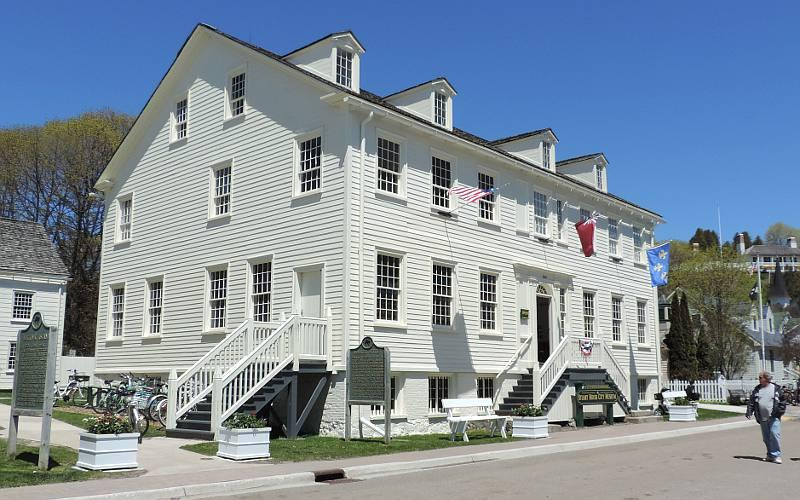Stuart House City Museum