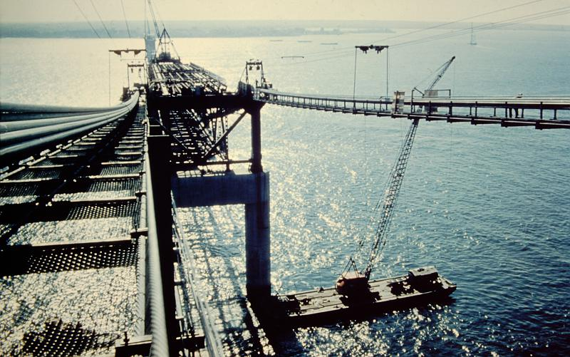 Mackinac Bridge constructions and barge