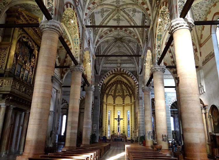 Chiesa Di Santa Anastasia Verona Italy