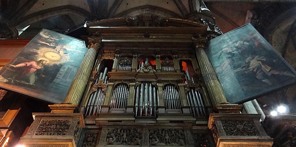Duomo of Milano pipe organ